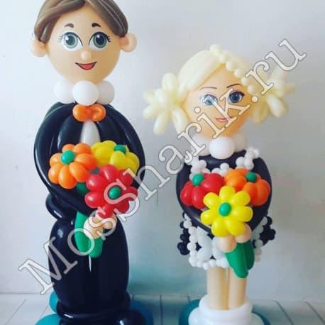 """фигура из воздушных шаров: """"Первоклашки с цветами"""""""