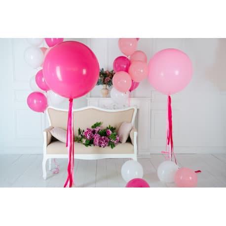 Композиция шаров для фотосессии в студии (белые, розовые, фуксия)