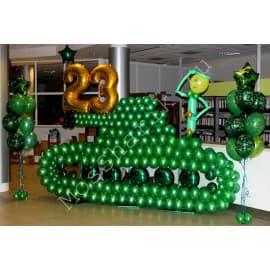 Танк из шаров на 23 февраля