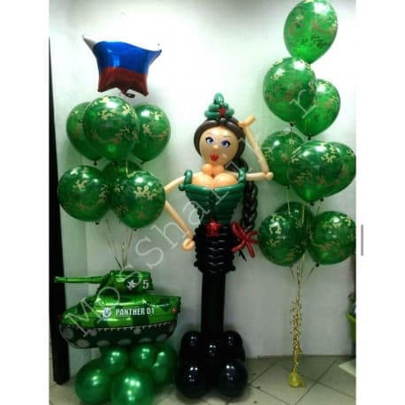 Композиция из шаров с девушкой брюнеткой