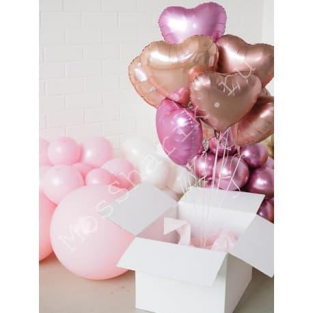 Коробка-сюрприз с шариками сердечками