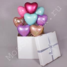 Коробка-сюрприз с шарами сердечками (разноцветными)