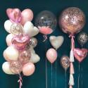 Композиция из шаров сердечек и шаров баблс розовые белый