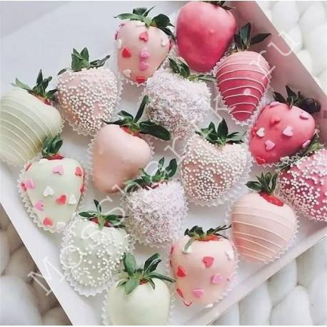 Клубника в коробке (16 ягод)