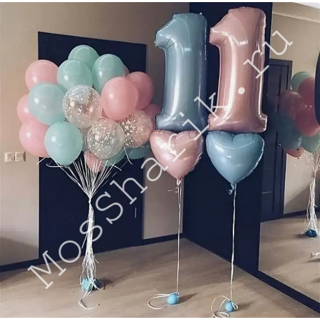 Композиция из шаров 11 лет: цифры с сердечками и большая связка шаров