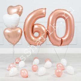 Композиция из шаров 60 лет женщине: цифры и сердечки