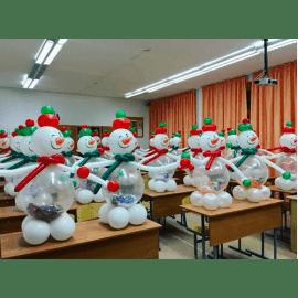 Снеговик из шариков на Новый год