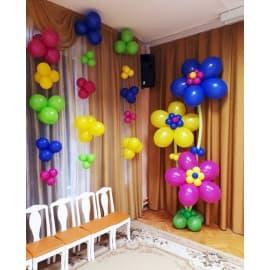 Композиция из шариков: гелиевый цветочек