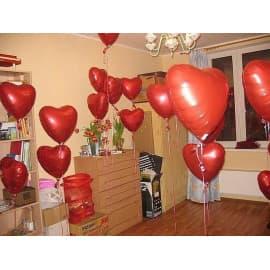 15 красных шариков сердечек (фольгированных)