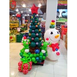 Елка и снеговик из шариков