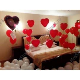 Украшение комнаты шариками - сердечками