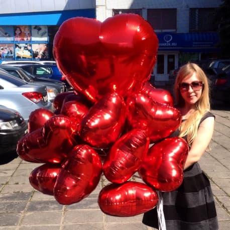Букет из фольгированных шариков в виде сердца