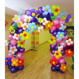 Арка из шариков на каркасе