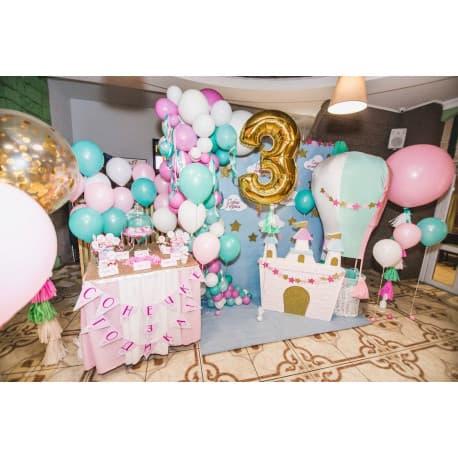 Разнокалиберная арка из шариков на день рождения