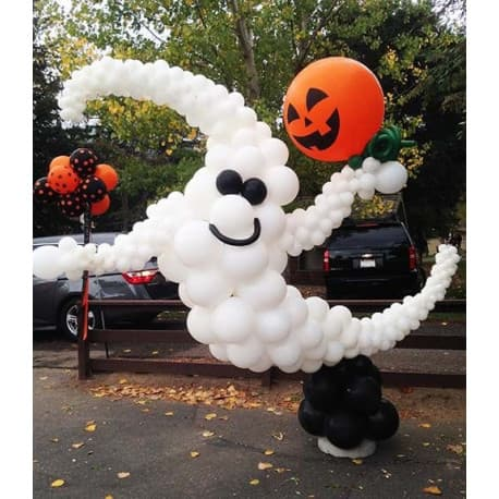 Приведение из шариков на Хэллоуин