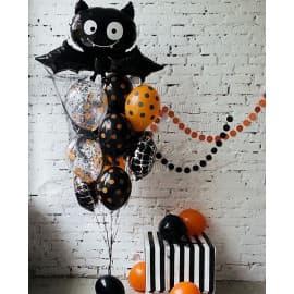 Фонтан из шаров на Хэллоуин