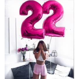 """Два шарика в виде цифры """"22"""""""
