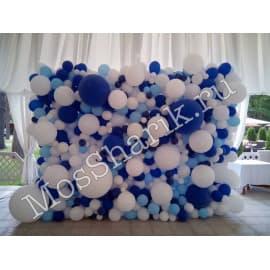 Панно из разнокалиберных шаров (синий+белый+голубой)